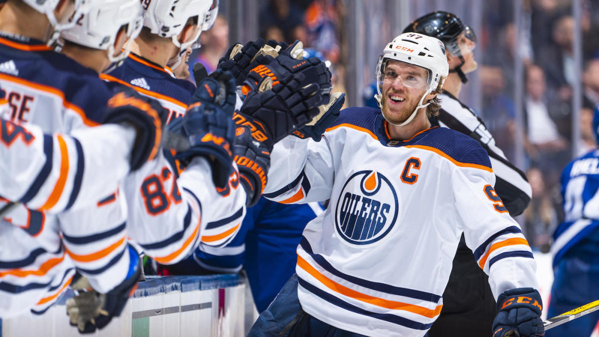 2021 NHL awards: Connor McDavid takes home Hart and Art Ross, Marc-Andre Fleury wins Vezina Trophy