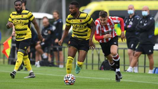 Dennis joins Utaka, Odemwingie & Ighalo in exclusive Premier League ranks with Watford debut goal