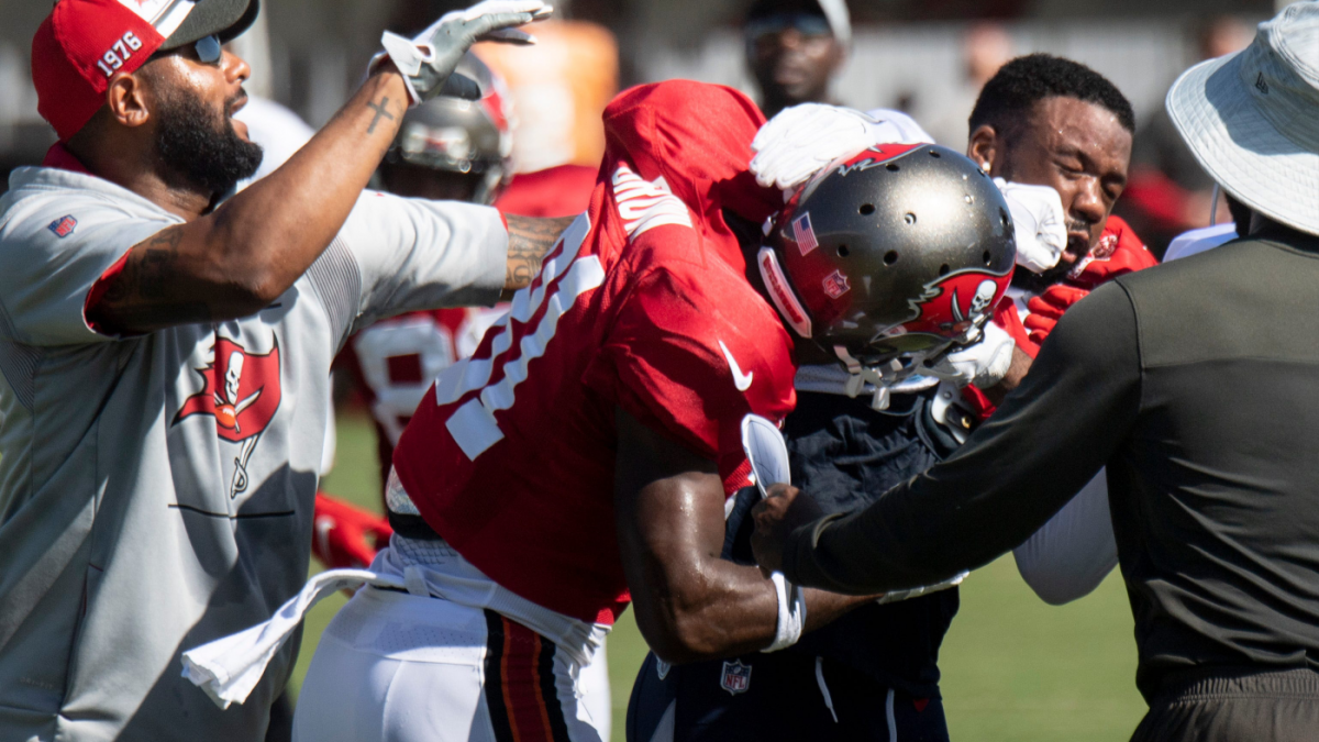 Buccaneers' Antonio Brown booted from joint practice after punching Titans player, one of several altercations