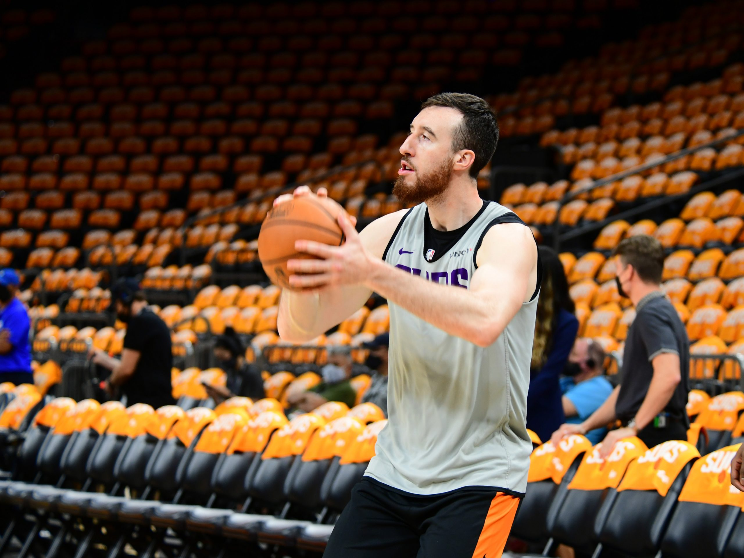 Frank Kaminsky Stays With the Phoenix Suns, Signs One-Year Deal