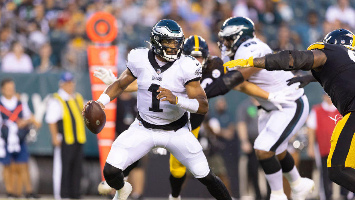 Nick Sirianni thought Jalen Hurts 'handled it well' in Eagles' preseason opener against Steelers