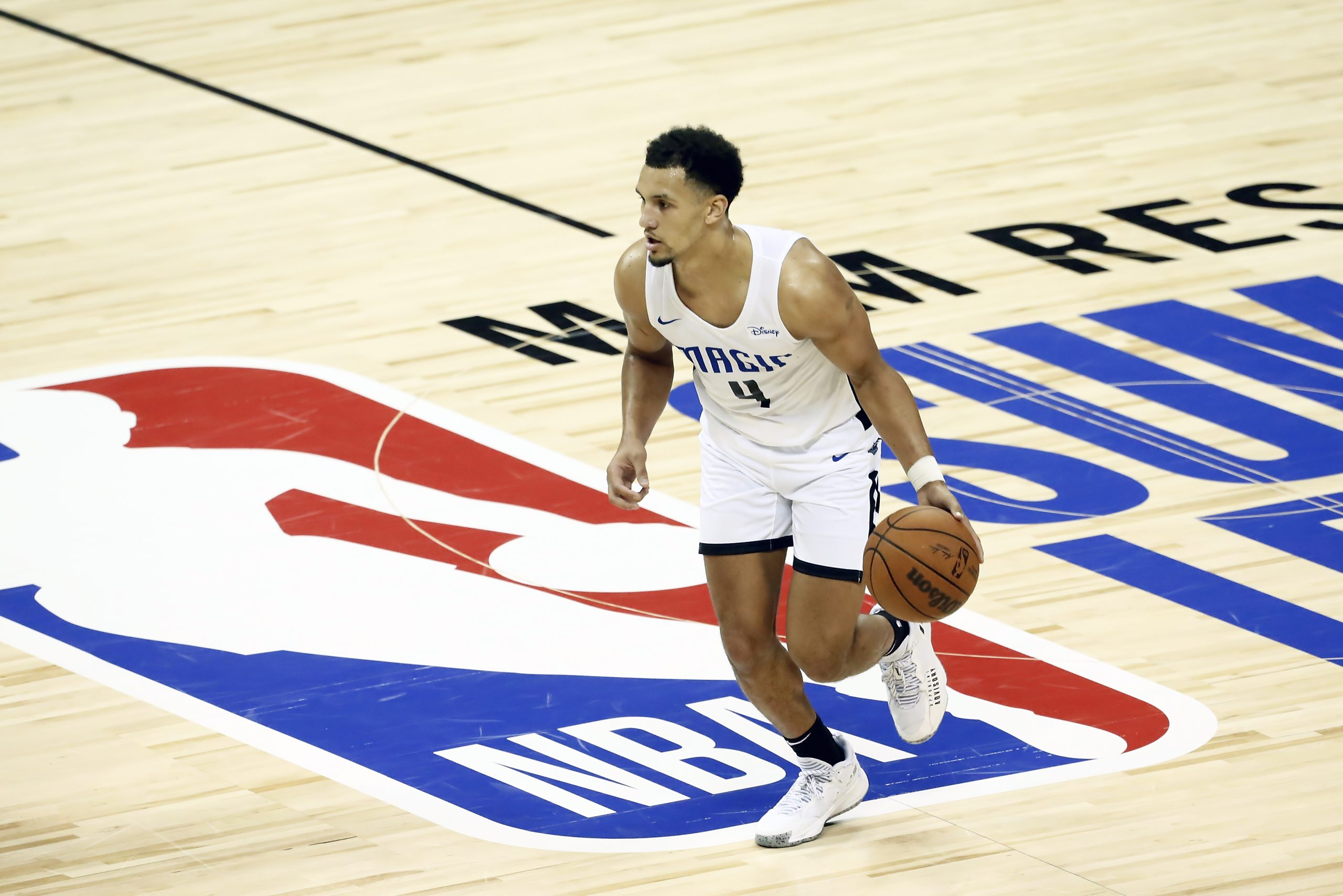 Orlando's Jalen Suggs Leaves Summer League Game With Injured Hand