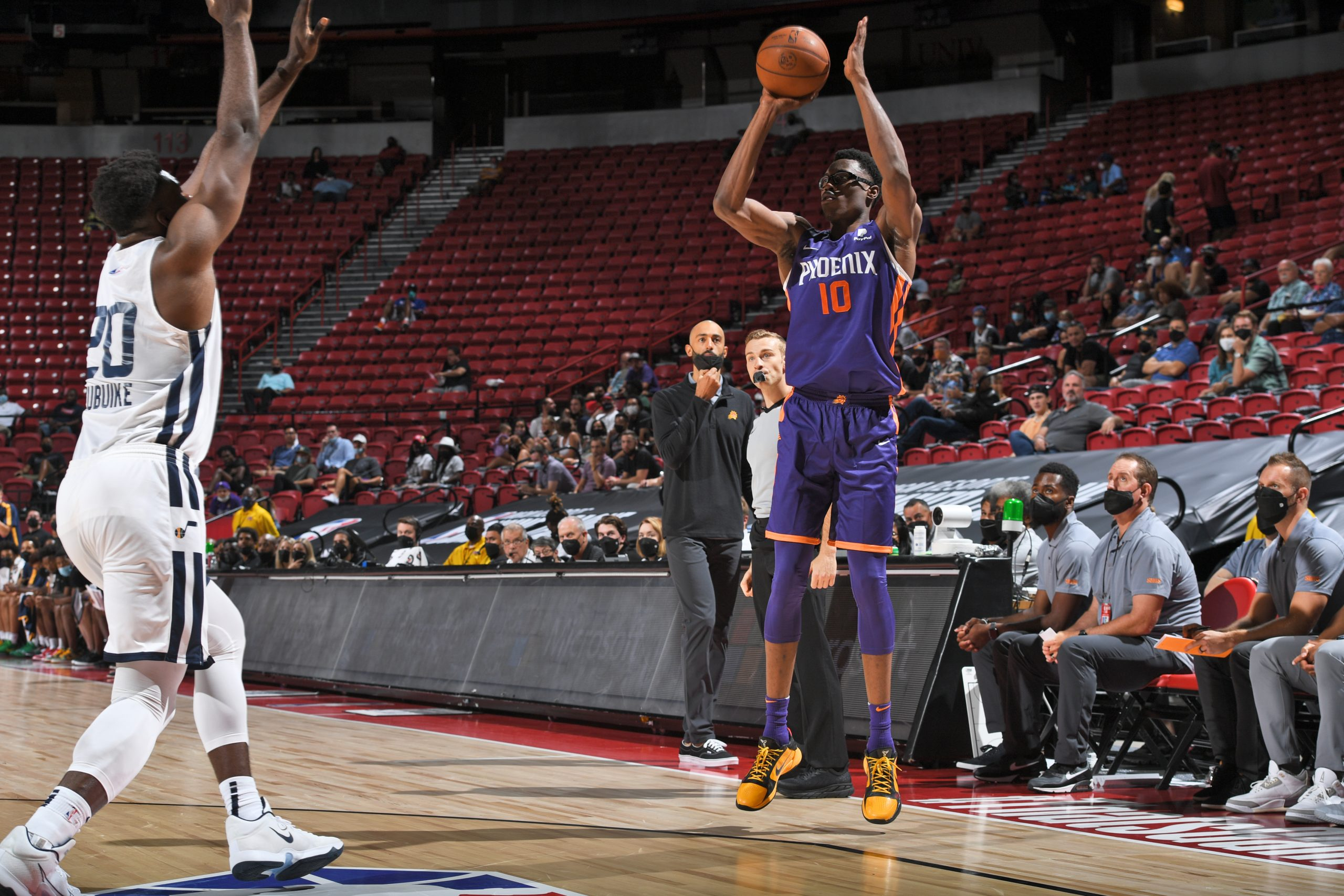 Phoenix Suns Is Finding a Double Double Machine In Jalen Smith