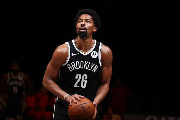 Spencer Dinwiddie Acquired by Wizards in 5-Team Sign-and-Trade