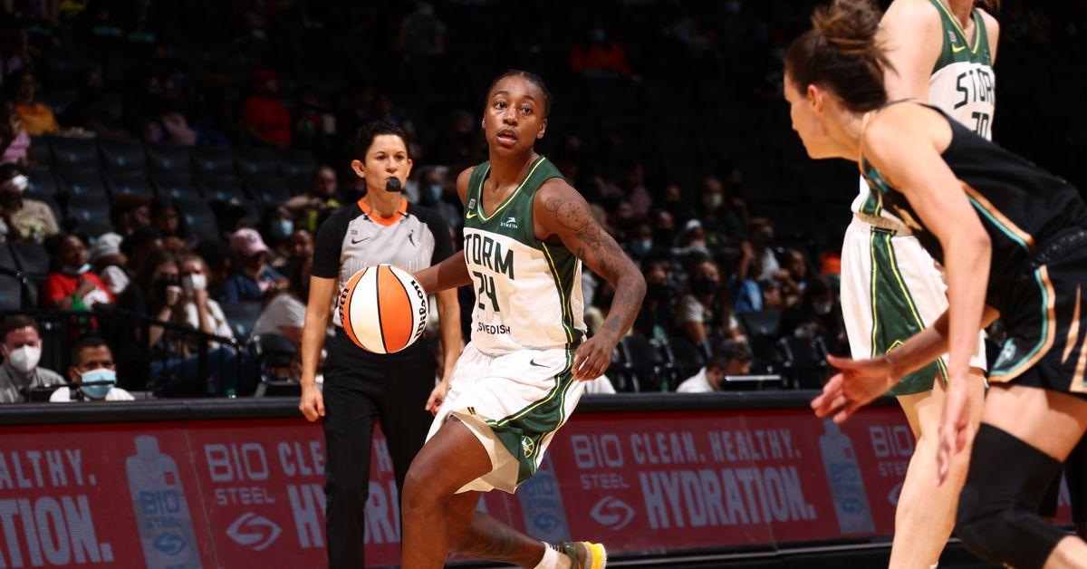 WNBA: Jewell Loyd continues tear, Seattle Storm top New York Liberty