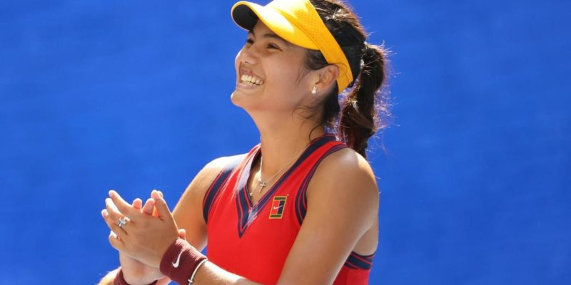 Emma Raducanu makes US Open history as first women's qualifier to advance to the semifinals in Open era