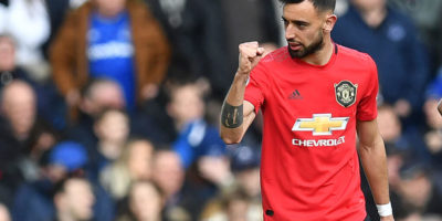 Gary Neville slams Bruno Fernandes' apology after Manchester United penalty miss