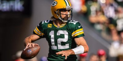 Packers at 49ers picks: Point spread, total, player props, trends for Week 3 'Sunday Night Football' showdown
