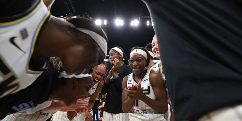 WNBA: Copper, Vandersloot, Chicago Sky are semifinal-bound