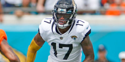 Jaguars' D.J. Chark suffers ankle fracture in loss to Bengals, receiver will be out indefinitely
