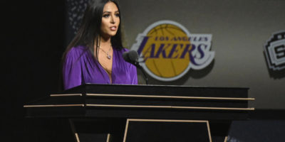 Los Angeles county wants Vanessa Bryant to take psychiatric exam as part of lawsuit related to Kobe's death