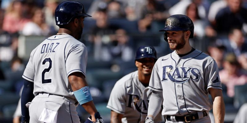 Brandon Lowe hits 3 home runs in Rays' 100th win