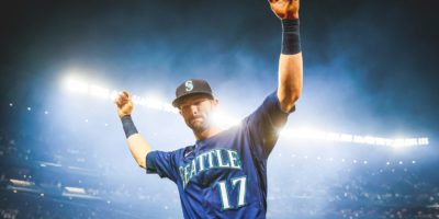 Mitch Haniger keeps Mariners alive in playoff race