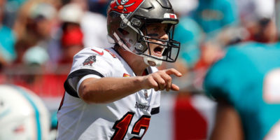 NFL Week 5 grades: Tom Brady's monster day helps Buccaneers land 'A-'; Jaguars get 'D' with 20th straight loss