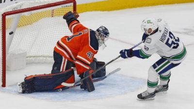 NHL Injury Updates: Bruins, Blackhawks, Oilers, Canadiens, Devils, Islanders, Rangers, Pens Lightning and Canucks