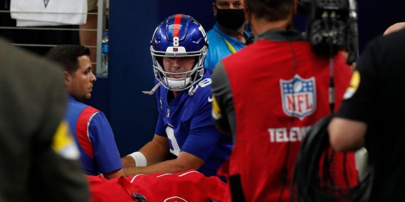 New York Giants QB Daniel Jones 'on track,' could return from concussion to play Sunday