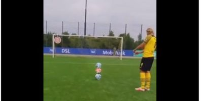 Video: Erling Haaland pulls off incredible trick shot with three footballs